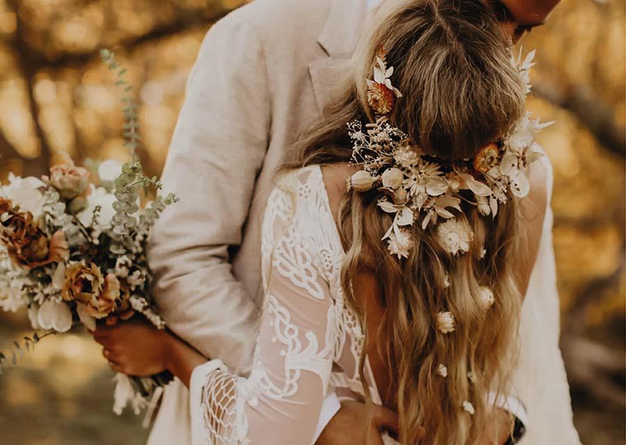 Bohem Konseptli Düğün Konseptli Düğün Saç Modelleri - Oleg Cassini