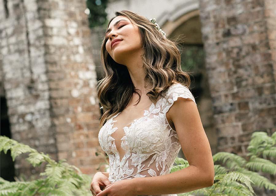 Kır Düğünü Gelin Saç Modelleri - Oleg Cassini